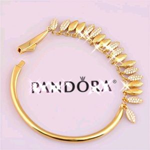 Authentic PANDORA 18k Gold FLOATING GRAINS BANGLE